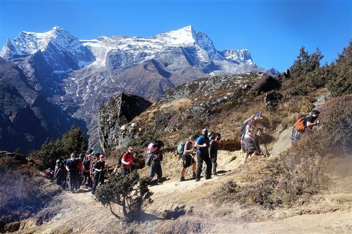acclimatization walk to Everest view hotel
